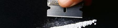Gambier säljer kokain